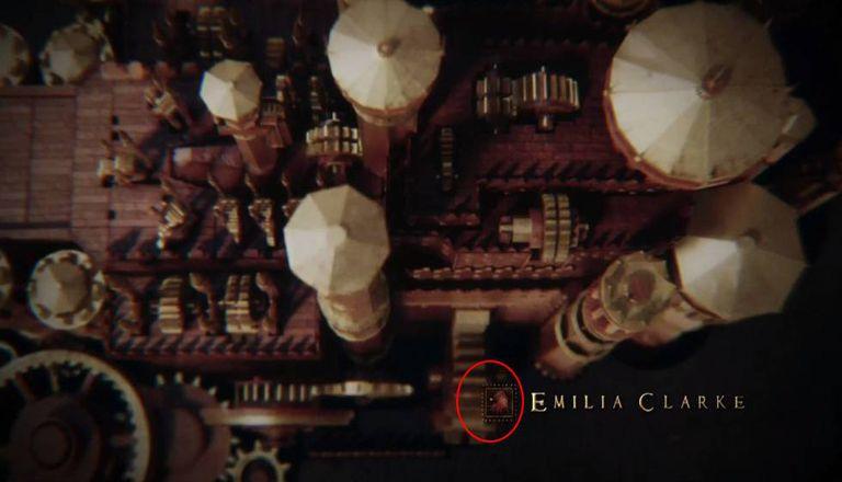 No círculo vermelho, um dos erros com os símbolos das casas de procedência dos protagonistas.