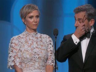 Kristen Wiig e Steve Carrell, em sua performance antes de apresentar o prêmio.