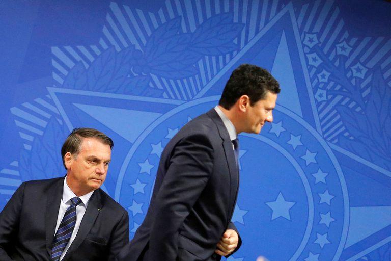 Duas fotos intrigantes no duelo entre Bolsonaro e Moro | Opinião ...
