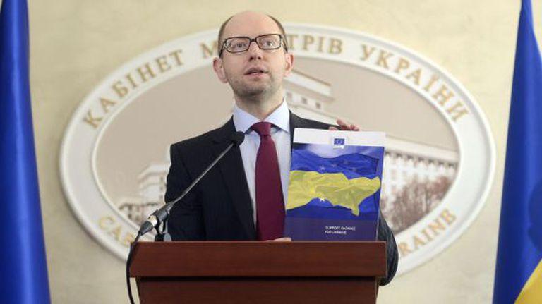 O premiê ucraniano, Arseni Yatseniuk, durante entrevista coletiva em Kiev.
