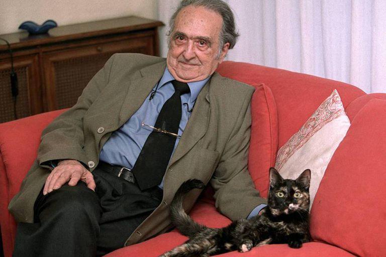Rafael Sánchez Ferlosio, em 2002.