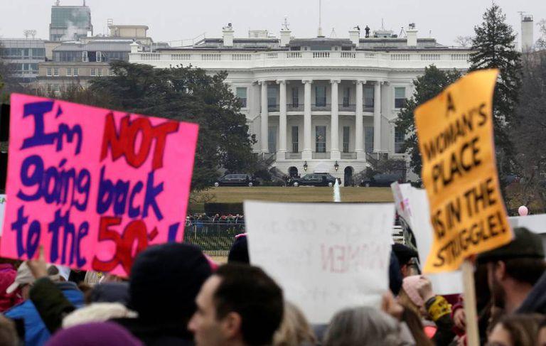 Manifestantes da Marcha das Mulheres.