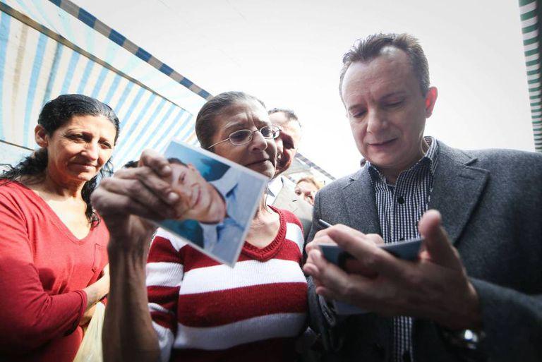 Russomanno em campanha no bairro do Limão.