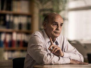 Drauzio Varella, em seu consultório em São Paulo, em março de 2016.