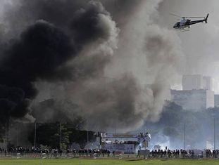 """Protesto contra o presidente Michel Temer, exigindo """"Diretas Já"""", na última quarta-feira, em Brasília."""