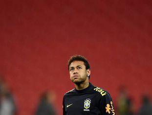 Neymar, em Wembley, antes do amistoso Brasil x Inglaterra.