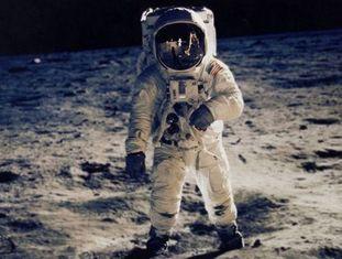 Buzz Aldrin, o melhor ator da história