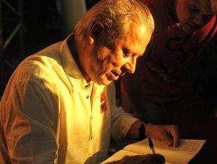 Zé Dirceu, em lançamento de seu livro no Rio de Janeiro.