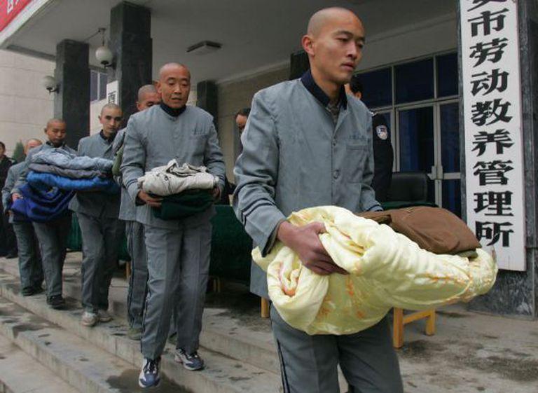 Prisioneiros do campo de trabalho de Xian em 2006.