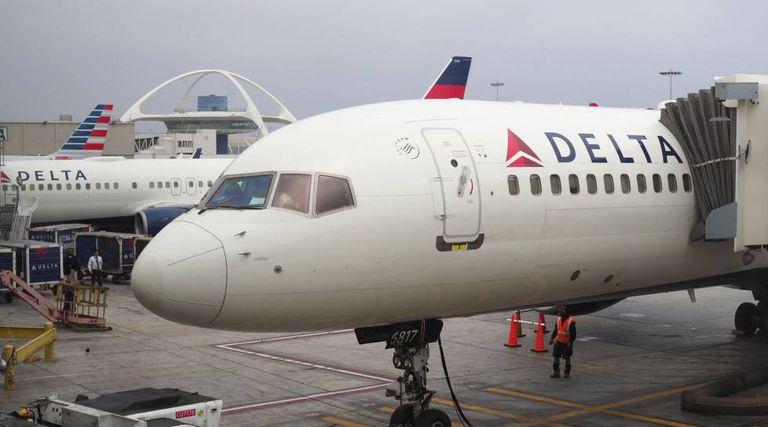 Um avião de Delta Airlines.
