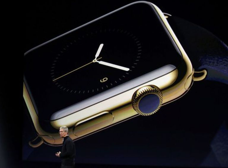 Tim Cook, presidente-executivo da Apple, na apresentação do Apple Watch.