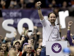 Pablo Iglesias, do Podemos, em Barcelona neste domingo.