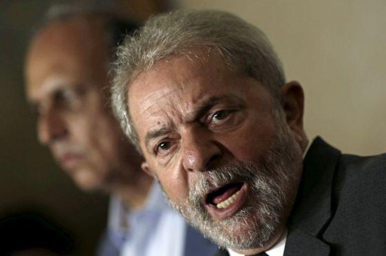 O ex-presidente Luiz Inácio Lula da Silva, durante uma entrevista coletiva após uma reunião com o governador do Rio de Janeiro, Luiz Fernando Pezão, em 3 de dezembro.