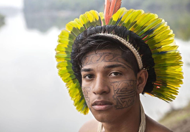 Mitã Xipaya, líder indígena do Xingu aos 18 anos.