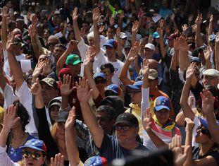 Simpatizantes de Juan Guaidó, em 26 de janeiro em Caracas.