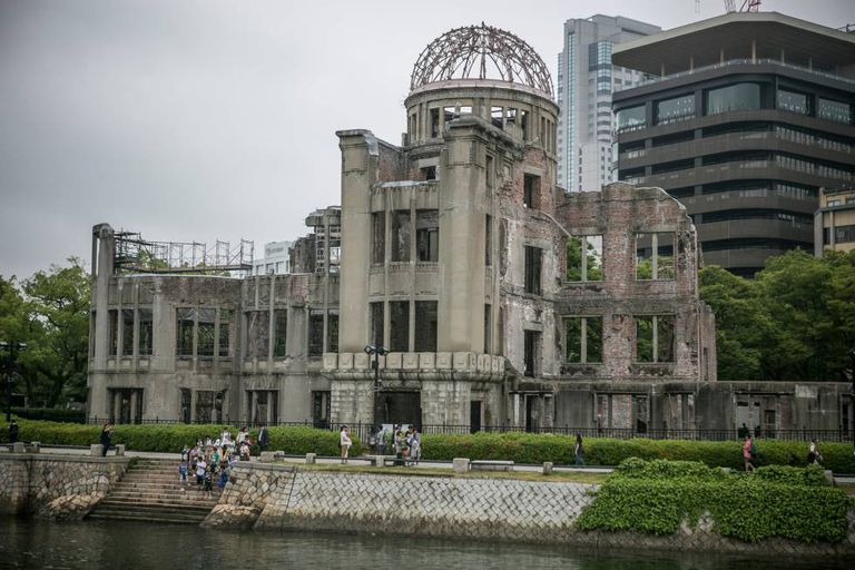 Restos do edifício de Hiroshima sobre o qual estourou a bomba atômica em 1945.