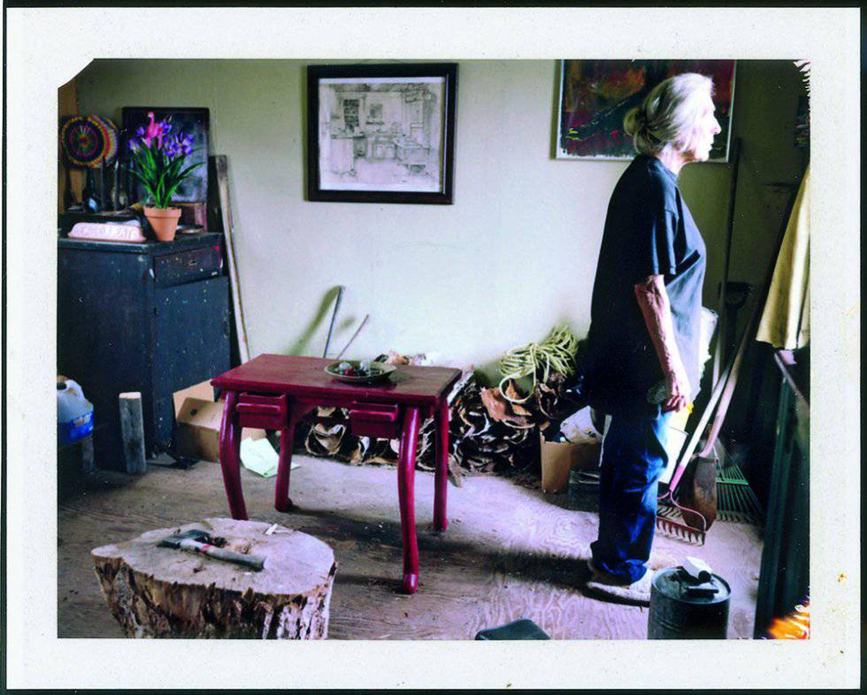 June Leaf (esposa de Robert Frank) em Mabou (Canadá) em 2009. Do livro 'Household Inventory Record' (2013).