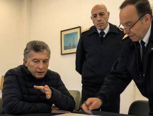 Macri e chefes da Marinha