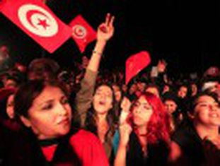 Os resultados oficiais dão a vitória a Essebsi. O ex-ministro pretende modernizar o país onde começou a 'primavera árabe'