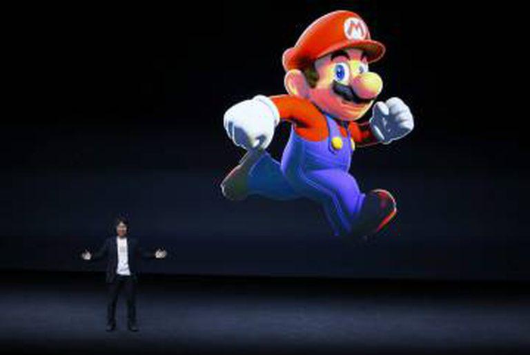 O criador japonês de videojogos Shigeru Miyamoto intervém durante a apresentação dos novos produtos da companhia Apple.