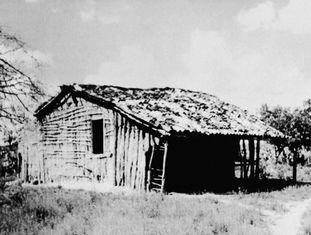 A casa dos pais de Maria Gomes de Oliveira, na Malhada do Caiçara (BA), um dos coitos de Virgulino Ferreira da Silva, o Lampião.
