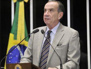 Aloysio Nunes no plenário do Senado em agosto.