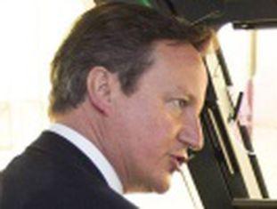 Primeiro-ministro britânico propõe negar seguro-desemprego aos trabalhadores e exigir quatro anos de residência para benefícios