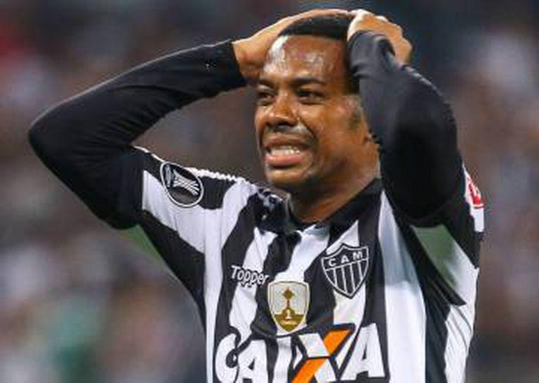 Contrato de Robinho com o Atlético vence em dezembro.