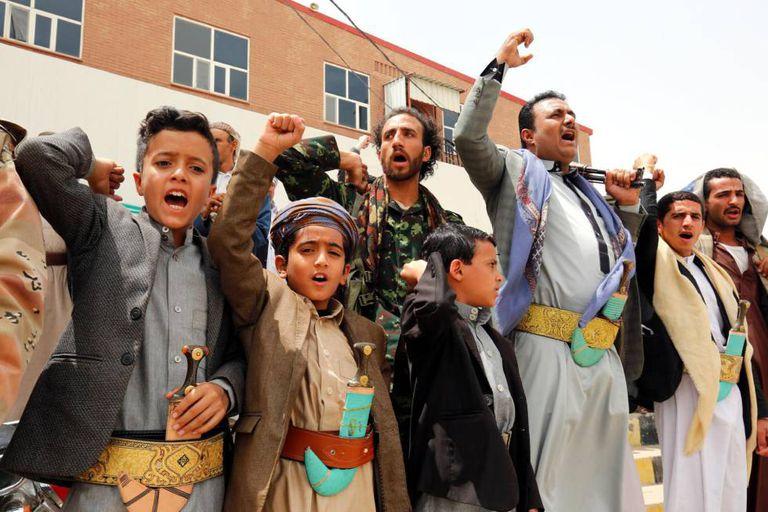 Manifestação contra o ataque aéreo em Sadaa (Iêmen).
