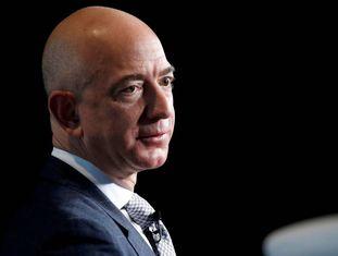 Jeff Bezos, fundador da Amazon, em uma conferência sobre o espaço.