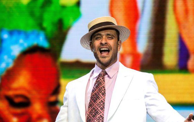 Diogo Nogueira canta 'Aquarela do Brasil' em 'SamBra'.