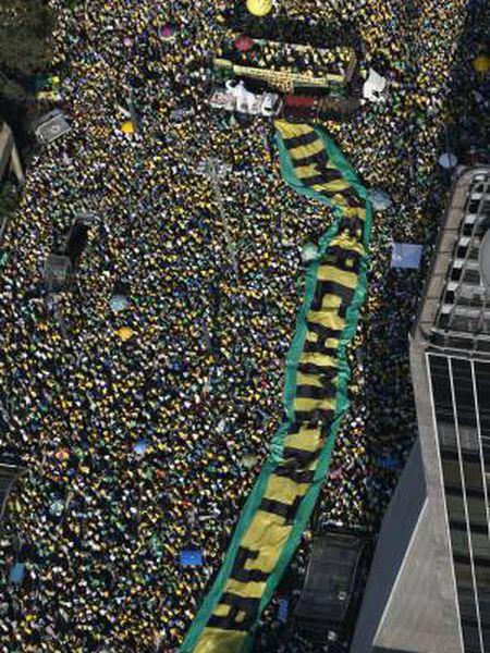 Manifestação contra Dilma Rousseff em São Paulo em agosto.