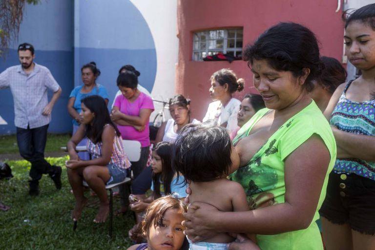 No dia 8 de janeiro, índios que estão acolhidos na Casa de Passagem Indígena em Curitiba se manifestam contra morte de menino em Santa Catarina.