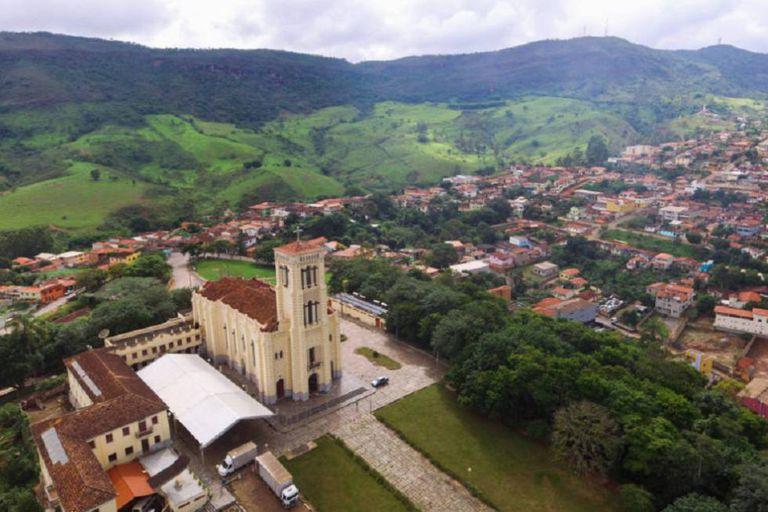 A mineradora Anglo American é responsável pela mineração de ferro em Conceição do Mato Dentro, Minas Gerais