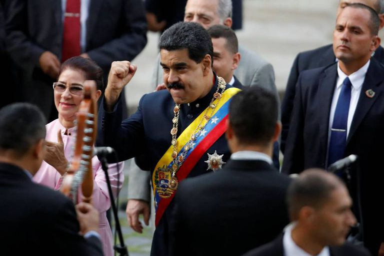 Nicolás Maduro antes da sessão na Constituinte