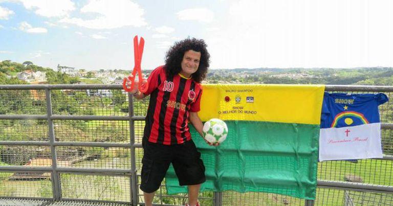 Mauro Shampoo, cabeleireiro e maior ídolo do Íbis Sport Club.