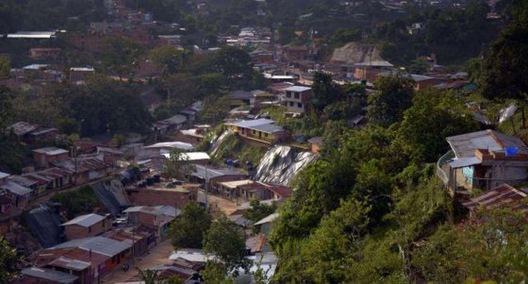Vista do município de Segovia na Colômbia.