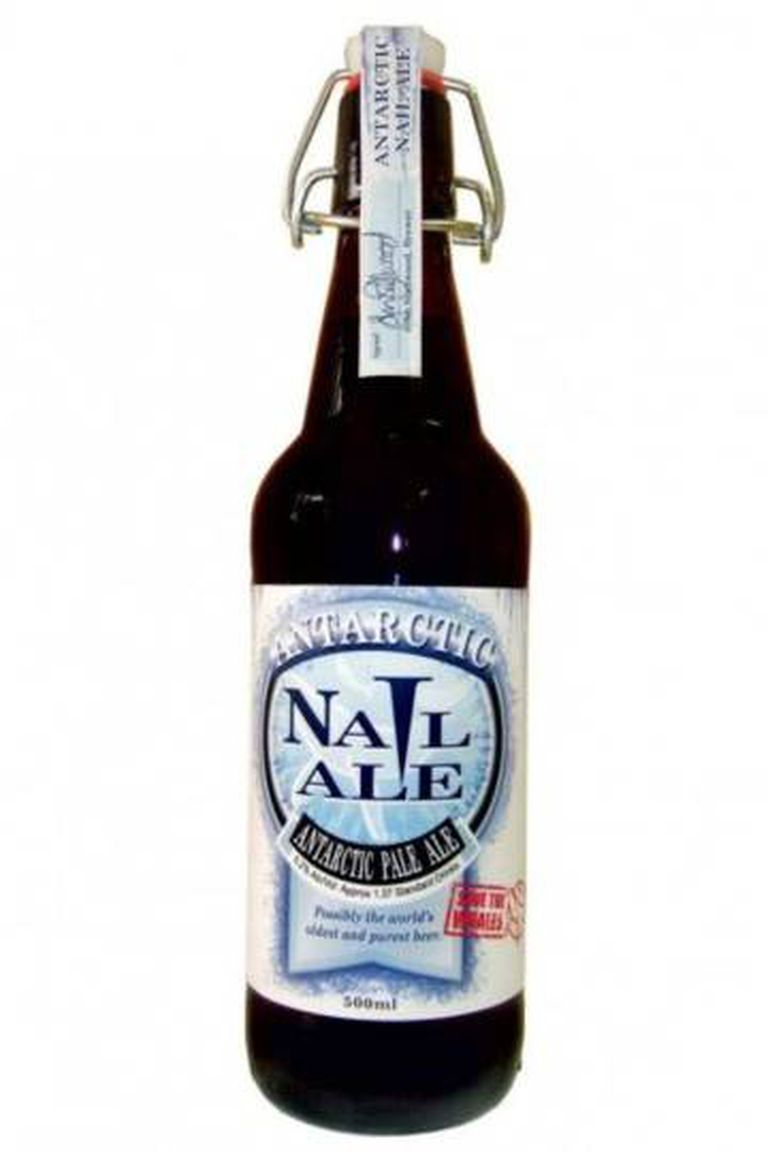 A cerveja mais cara do mundo, Antarctic Nail Ale, entre 2.560 reais e 5.400 reais.