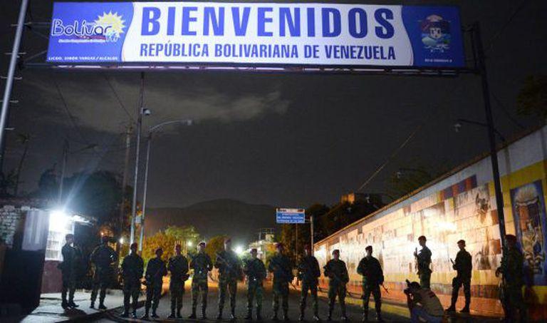 Militares venezuelanos, na fronteira com a Colômbia.