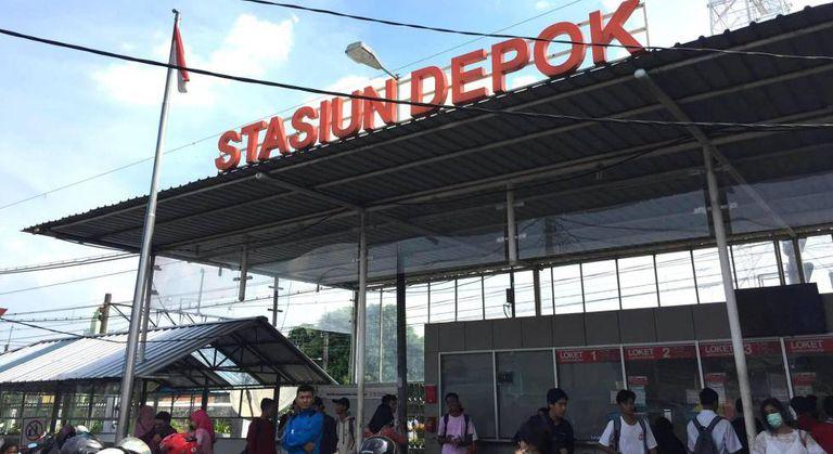 Estação de trem de Depok, um dos bastiões do islamismo radical na Indonésia.